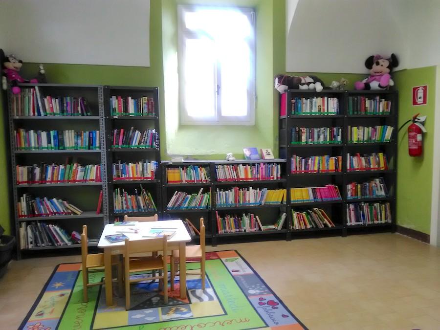 """Biblioteca """"Alessandro Molinari"""" di Sale"""